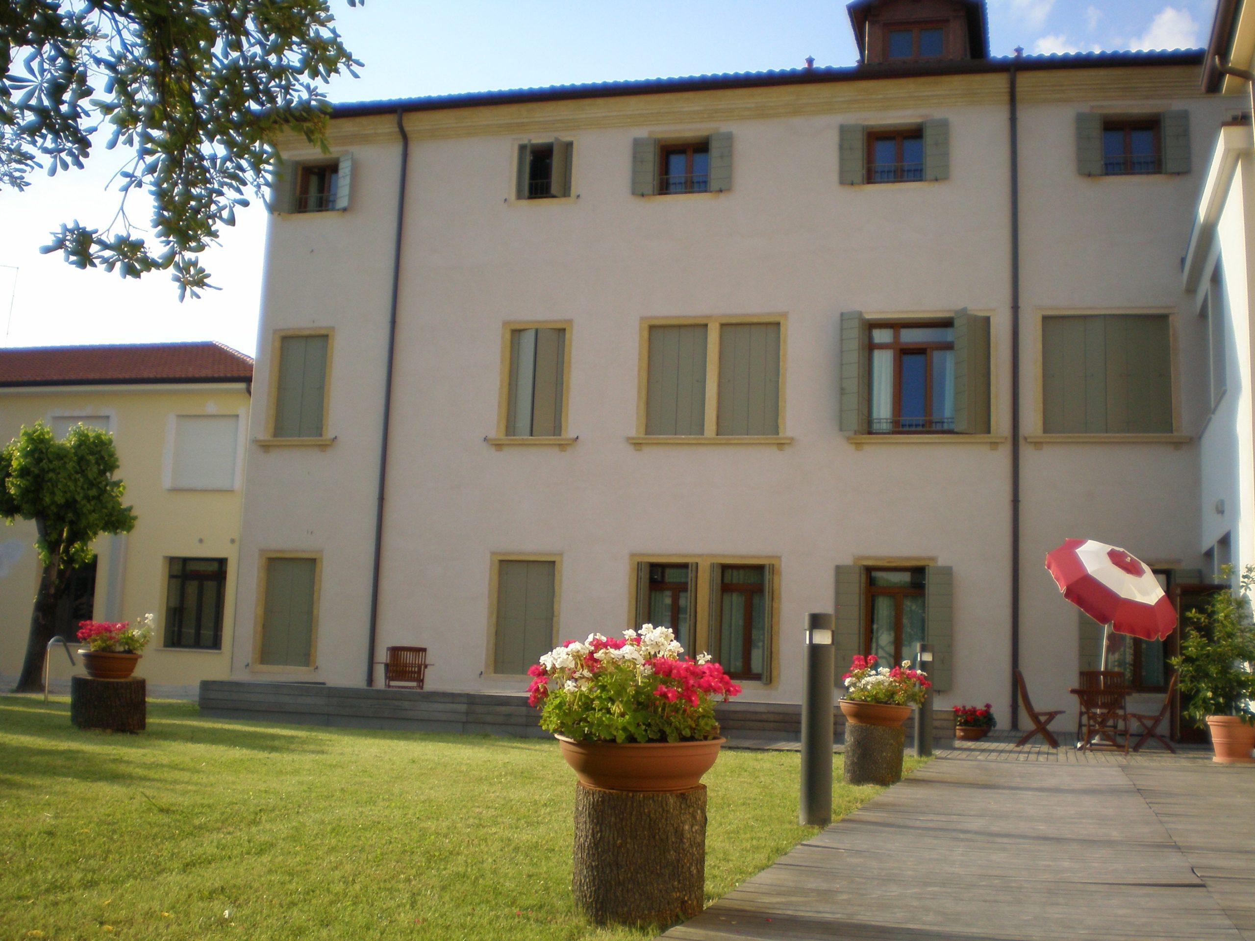 Foto esterni Casa Vanzo a Città Giardino PADOVA